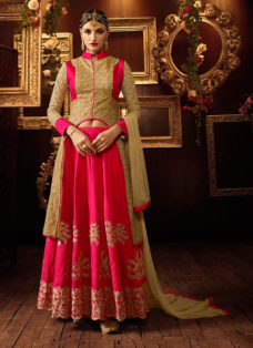 EXCLUSIVE CORAL PINK EMBROIDERED LEHENGA