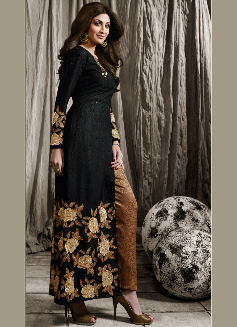 SHILPA SHETTY BLACK EMBROIDERED STRAIGHT PANT SUIT